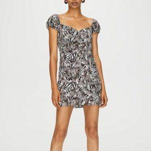WILFRED Aritzia Veda Dress Black Giselle sz 4 NEW